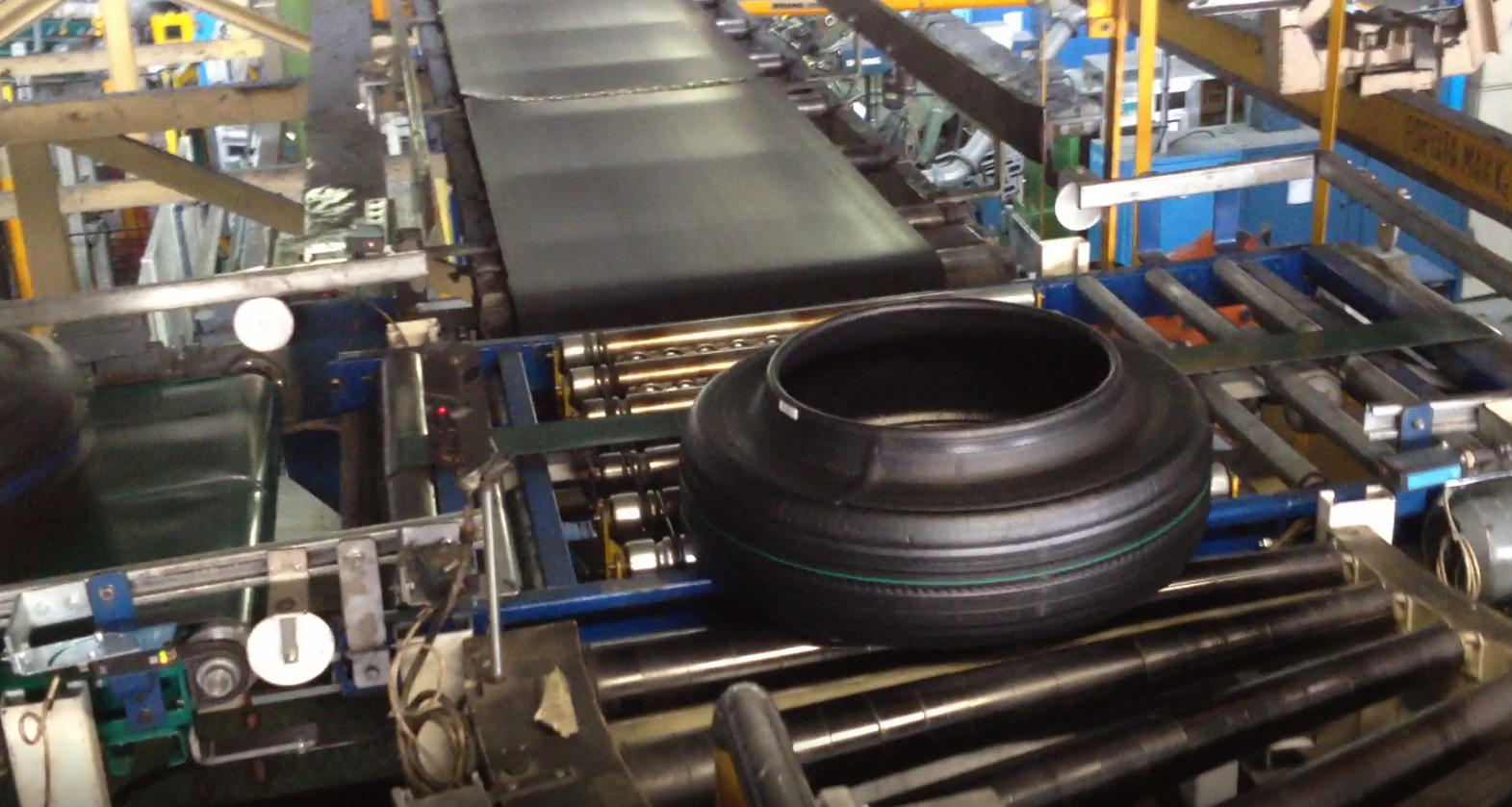 Impianto trasporto pneumatici