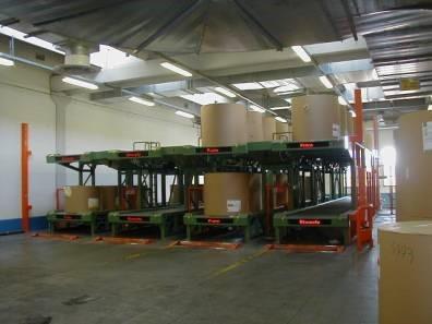 Impianto trasporto rotoli di carta